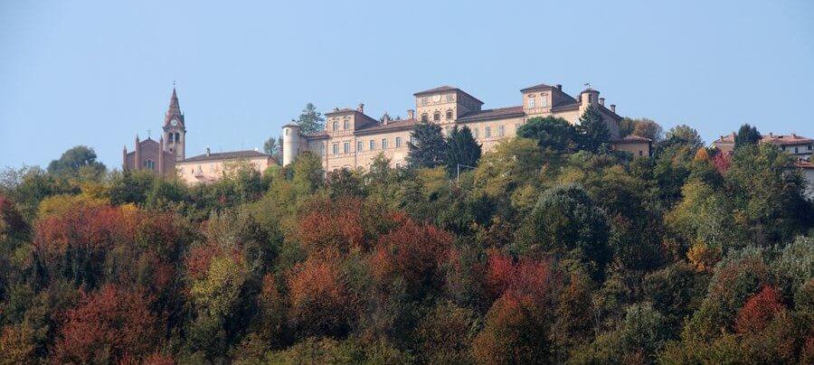 Magliano Alfieri castle